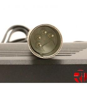 Carregador Conector 42V 4 pinos macho