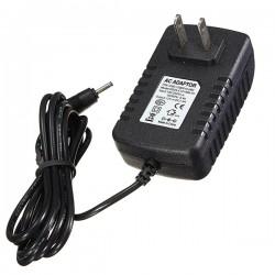 Carregador 12V 2A 3.0 x 1.0 mm conector USADO